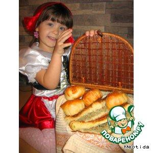 Пирог с мясом и пирожки с картофелем