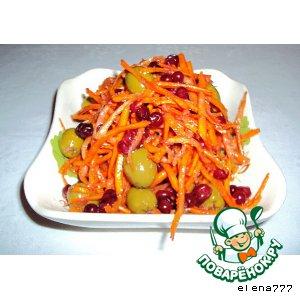 Морковь, маринованная с оливками и брусникой