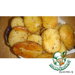 Запечeнный картофель с чесноком