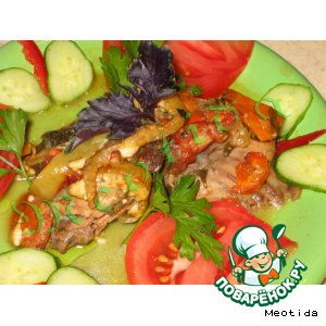 Курица с овощами в красном вине