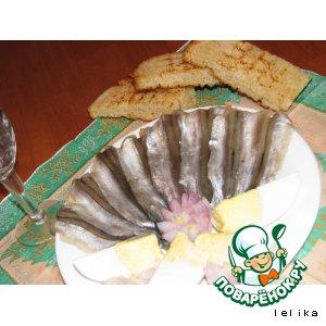 Славная закуска из мойвы пряного посола