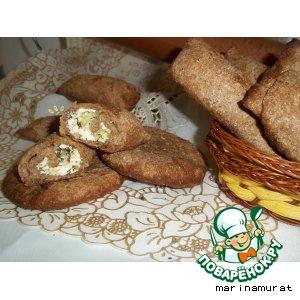 Хлебные рулетики с творожно-луковой начинкой