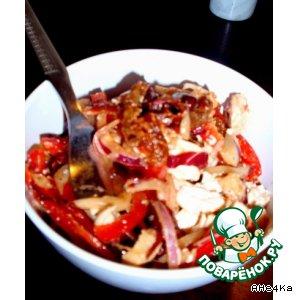 """Пикантный салат """"Закат"""" с вялеными помидорами и сыром тофу"""