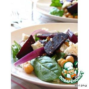 Салат со свеклой и нутом