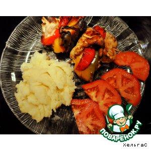 Куриные грудки, фаршированные перцем и сыром