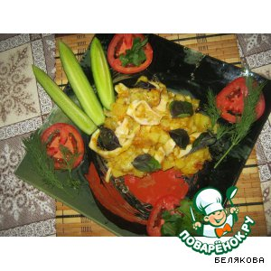Картошка, жаренная с кальмарами