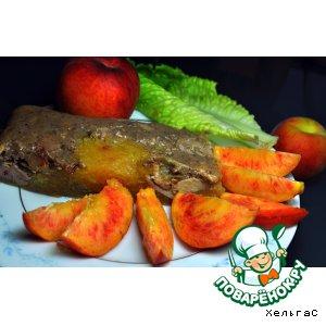 Печень куриная в желе из персиков