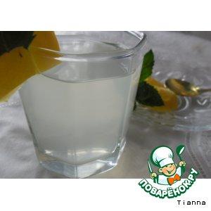 Лимонно-мятный напиток