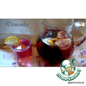 Освежающий напиток из базилика