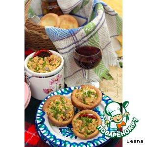 Закуска из красной чечевицы и копченой рыбы в йоркширских пудингах