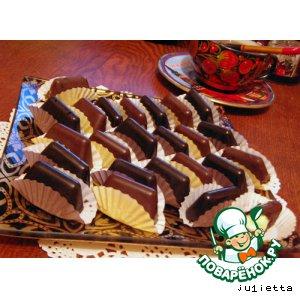 """Конфеты шоколадные несладкие """"Наша жизнь"""" и полусладкие """"Скажи, чииииз"""""""