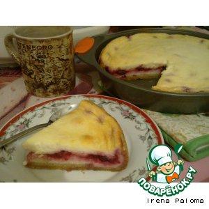 Домашний пирог с вишней и творогом