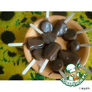 Фрукты в шоколадной глазури