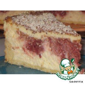 Торт творожный с вишневой начинкой