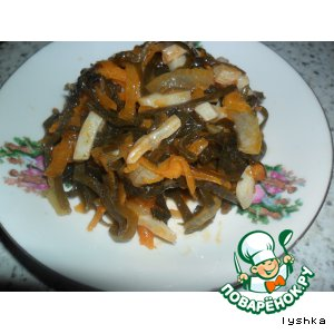 Солянка из морской капусты с кальмарами