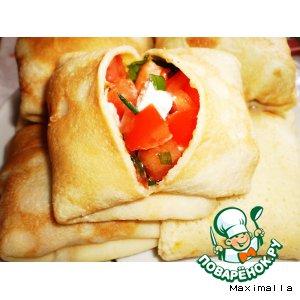 Блины с сыром Фавита, томатами и зеленью