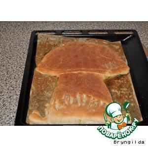 Пирог ржаной с солеными огурцами и опятами