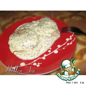 Сырнички под сметанно-маковым кремом