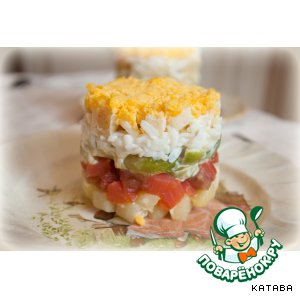 Салат со слабосольным лососем и брюссельской капустой
