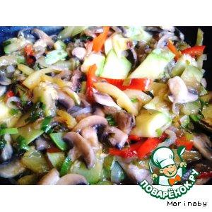 Овощи и грибы в воке