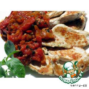 Куриное филе в томатном соусе с базиликом