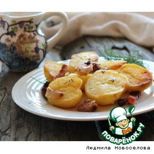Молодой картофель с беконом, чесноком и тимьяном