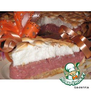 Ягодный пирог с безе