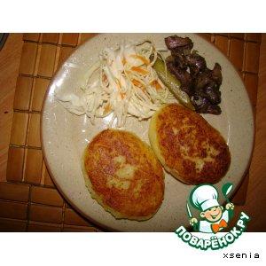 Картофельные пирожки с капустой и грибами
