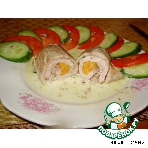 Мясные рулетики в сметанном соусе