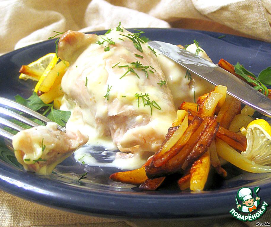 Готовые бедрышки с соусом раскладываем по тарелкам. Гарнируем рисом, вареным или жаренным картофелем, посыпаем зеленью.       ПРИЯТНЕЙШЕГО ВАМ АППЕТИТА! :)