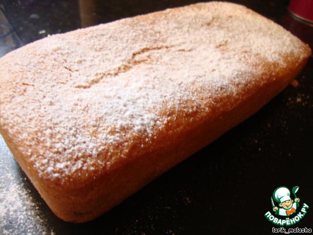 Дать немного остыть, вынуть из формы. Охладить. Посыпать сахарной пудрой.           Подавать и наслаждаться нежным вкусом кекса! Приятного аппетита!