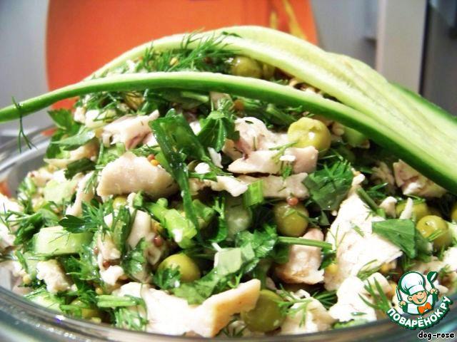Заправляем салат и подаем к столу. Минимум усилий, а получается легкое, радостное и очень вкусное блюдо.   Приятного аппетита и отличной фигуры!