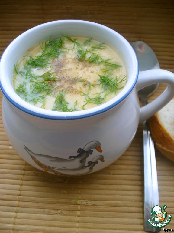 Подаем суп, посыпав молотым кориандром и рубленной зеленью укропа.    Если хочется добавить мясного и подать, не как постный вариант, то можно поступить очень просто - немного обжарить на небольшом количестве растительного масла кубики бекона и добавить их непосредственно в тарелку.        В исходном рецепте автор указывал, что такой суп-пюре можно приготовить и из фасоли. Я пока не пробовала, но, в скором времени, думаю попробовать и из фасоли. О результатах напишу. )         Приятного аппетита!