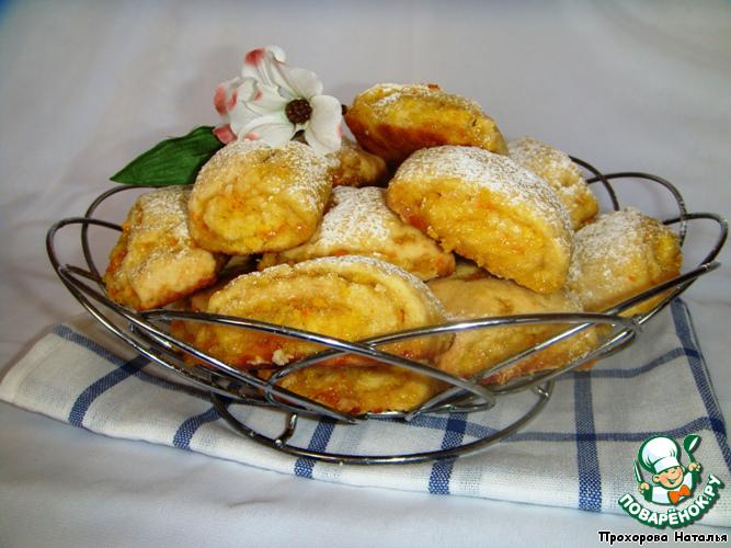 Выпекаем в разогретой духовке до 180 градусов 15 минут. Дать печеньям остыть и посыпать через сито сахарной пудрой.
