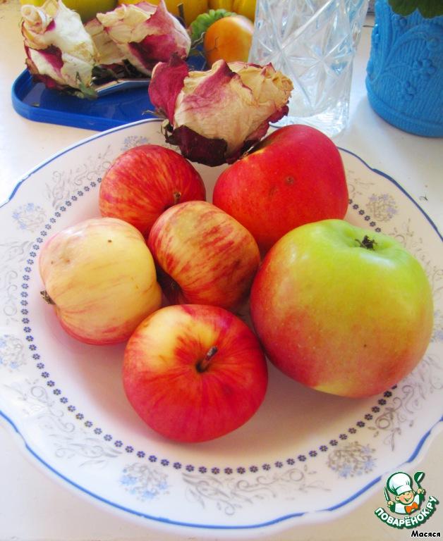 Для суфле возьмем примерно 500г яблок.