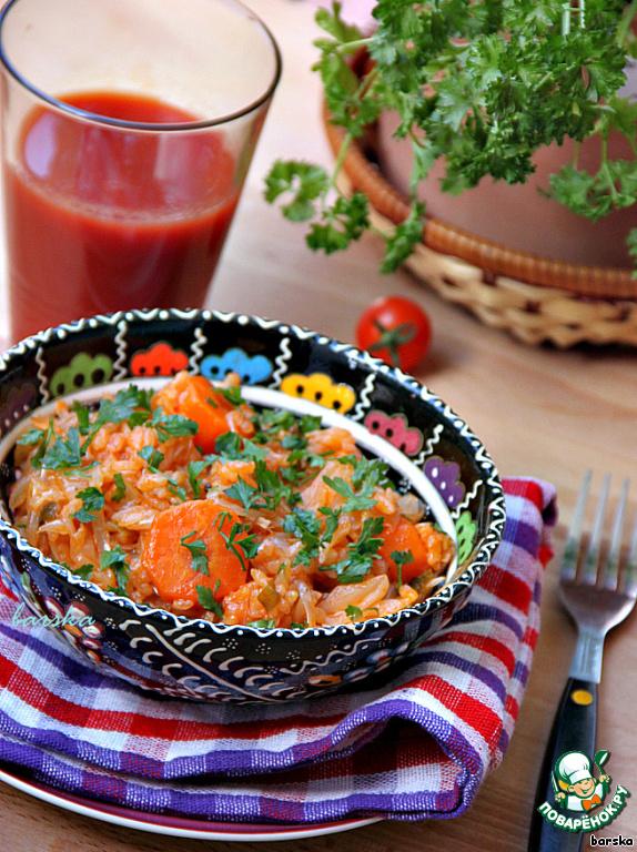 """Мой муж - небольшой ценитель овощей и риса - оценил это блюдо на """"отлично"""", но заметил, что сюда отлично бы подошли копчёные рёбрышки (или кусочки бекона, я так думаю)!    Так что решайте сами, как вам готовить """"Лаханоризо""""!        ПРИЯТНОГО АППЕТИТА!"""