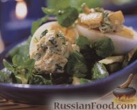 Салат с яйцами и пастой карри