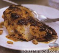 Куриное филе, жаренное под ореховым песто