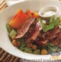 Овощной салат с мясом и нутом