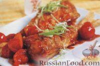 Жареный окунь с томатным соусом