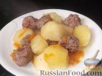 Картофель, тушенный с фрикадельками