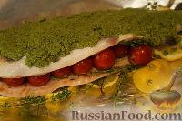 Форелька под песто, с помидорками черри и овощами в сливочном соусе