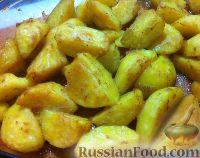 Картофель, запеченный в соевом соусе с чесноком