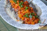 Сельдь с тушеными овощами