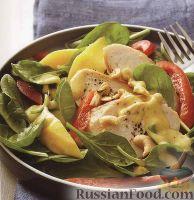 Куриный салат с болгарским перцем и манго