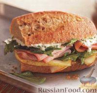 Горячие сэндвичи с ветчиной, сыром и грушей