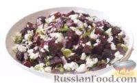 Салат из печеной свеклы с зеленым луком и сыром