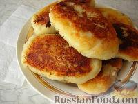 Картофельные пирожки с сосиской