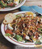 Овощной салат со свининой и сыром