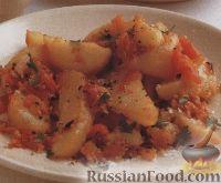Картофель, печенный в духовке с луком и помидорами